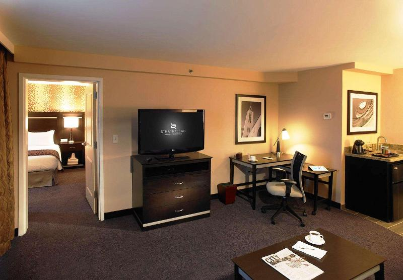 Room Doubletree By Hilton Rochester - The Strathallan