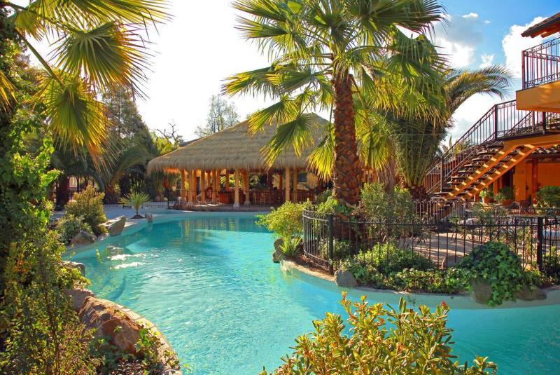 Pool Santa Cruz
