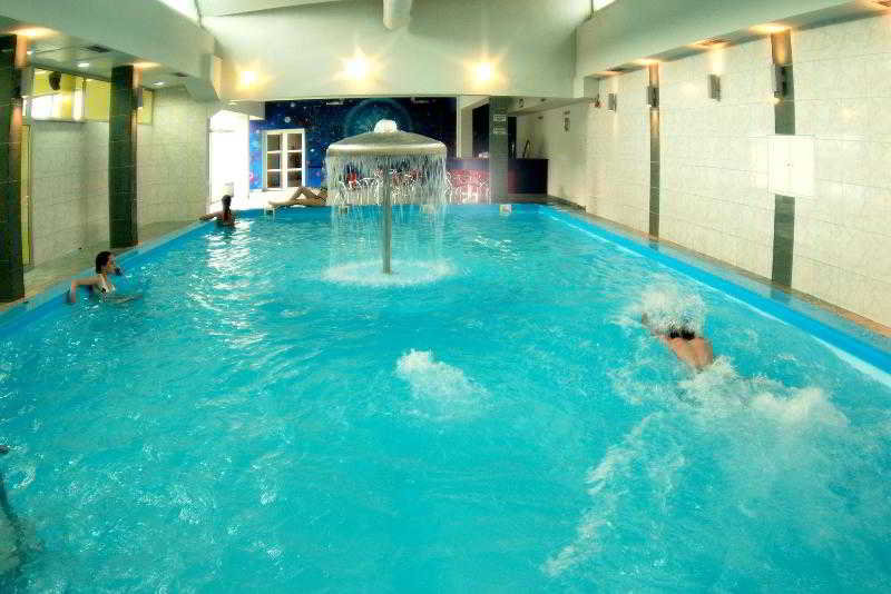 Pool Hotel Crystal