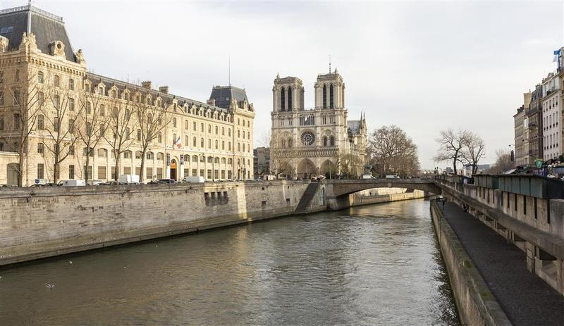 Best Western Premier Royal Saint Michel - Hotel - 4