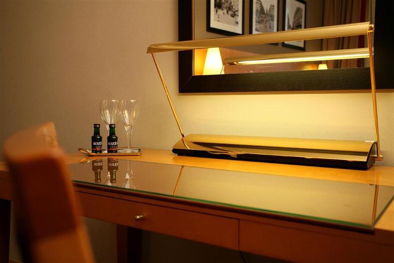 Best Western Premier Royal Saint Michel - Room - 10