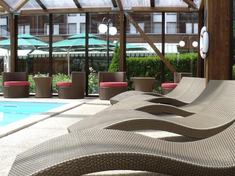Pool Best Western Hotel Golf & Spa De La Foret D\'orient