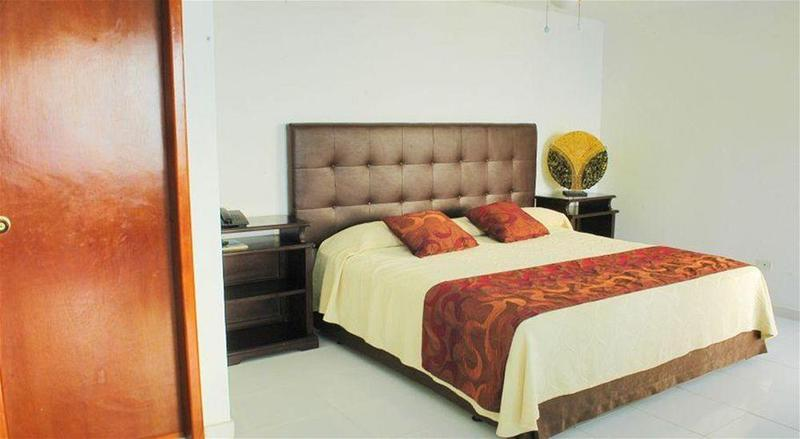 Calypso Beach Welcome - Room - 9