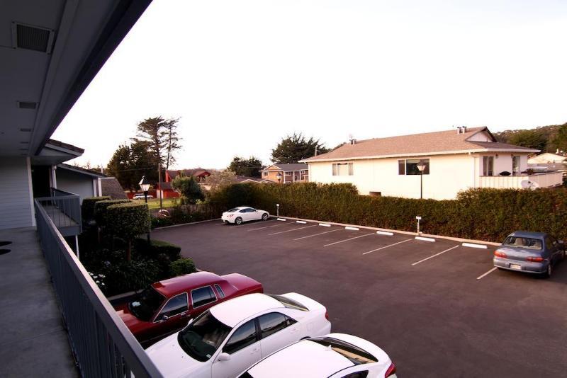 General view Harbor View Inn
