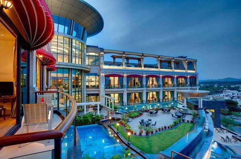 General view Welcom Bella Vista Chandigarh Hotel