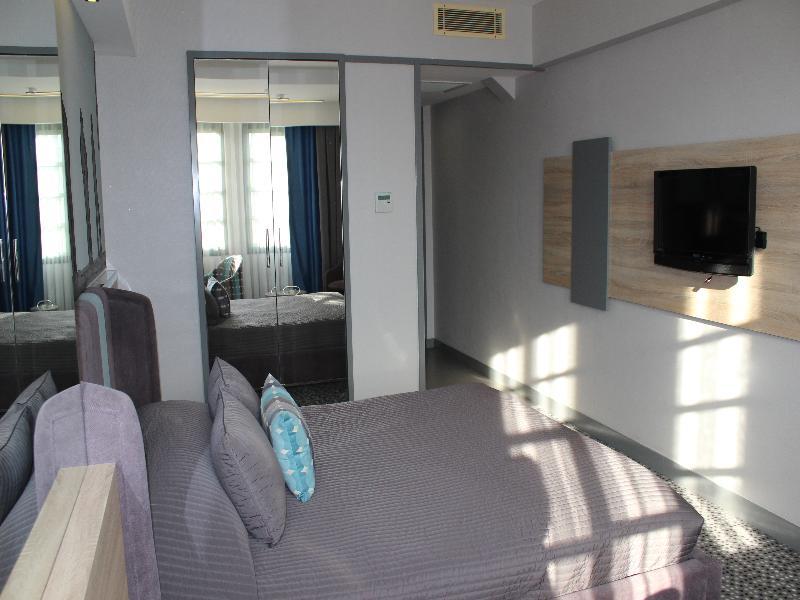 Marla Hotel - Room - 1