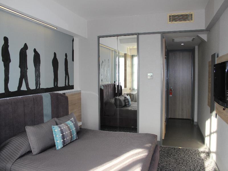 Marla Hotel - Room - 8