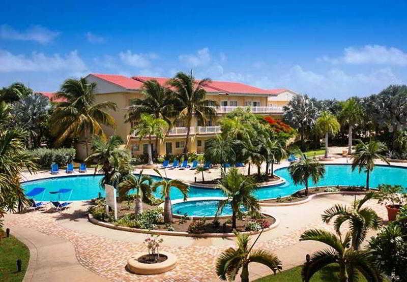 Pool St. Kitts Marriott Resort & The Royal Beach Casino