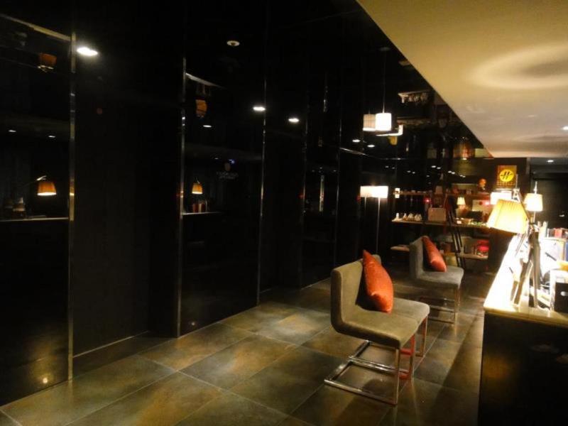 Lobby Vendome Hotel