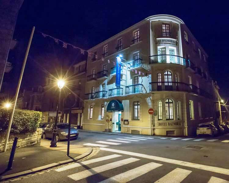Comfort Hotel Dinard Balmoral - Hotel - 4