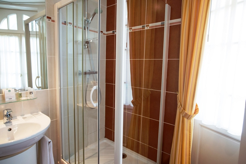 Comfort Hotel Dinard Balmoral - Room - 10