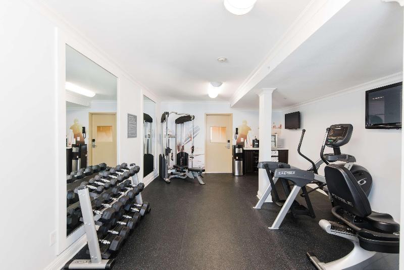 Sports and Entertainment Best Western Plus Manhattan Beach Hotel