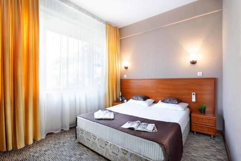 ラドゥツィニー ホテル