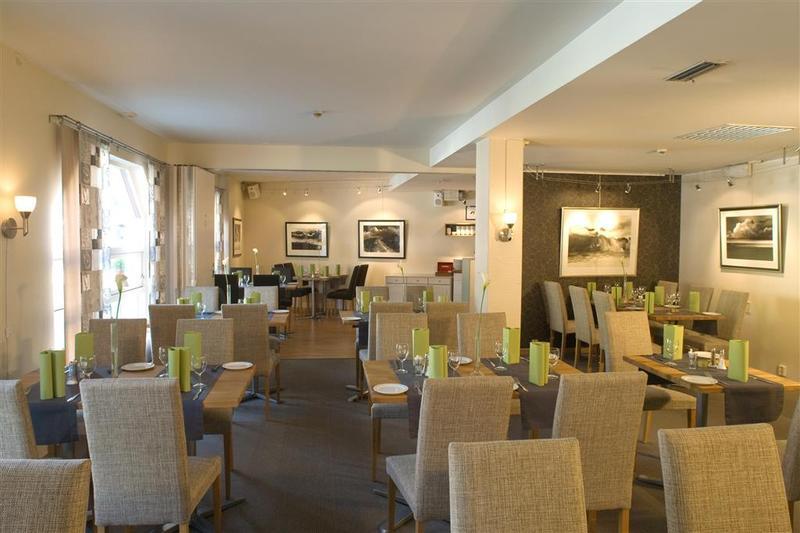 Best Western Svolvaer Hotel - Restaurant - 11