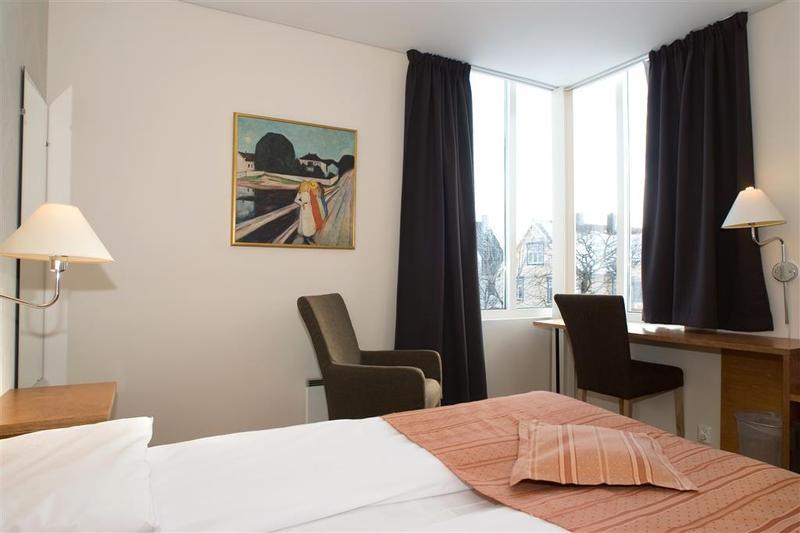 Best Western Svolvaer Hotel - Room - 8