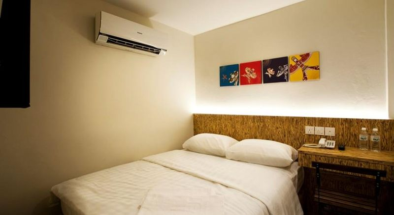 Room Nest Boutique Hotel
