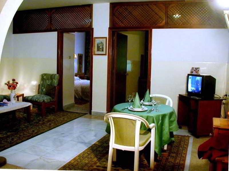 Room Safwa Hotel