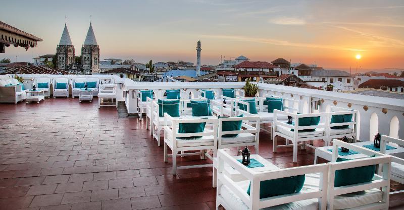 Terrace Maru Maru Hotel