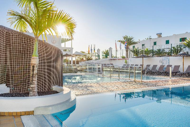 Pool Club Del Carmen By Diamond Resorts