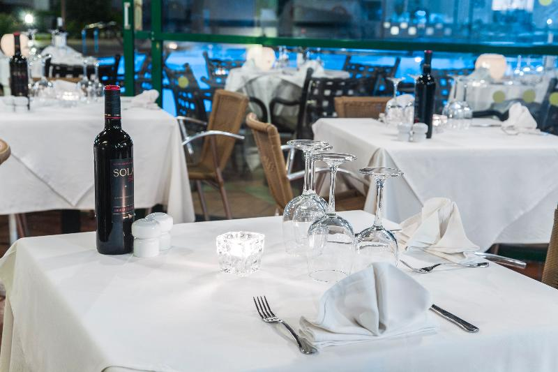 Restaurant Club Del Carmen By Diamond Resorts