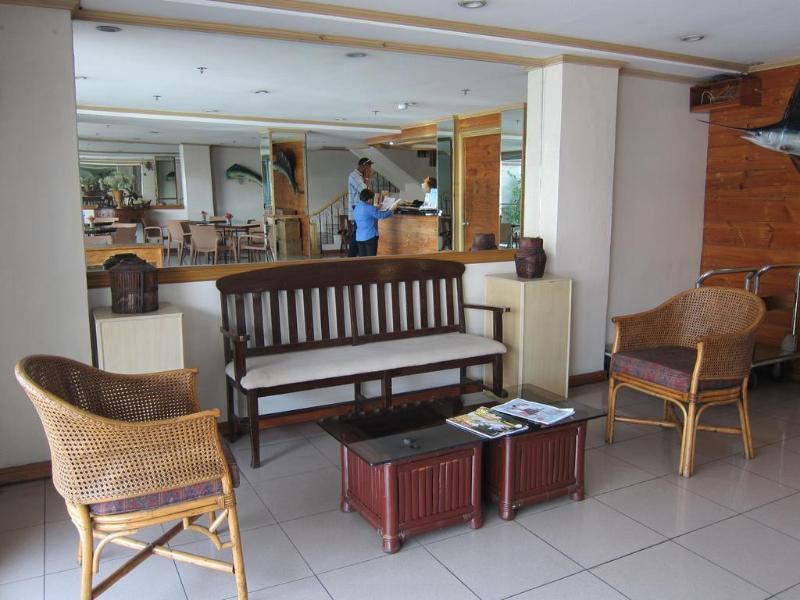 General view Nichols Airport Hotel