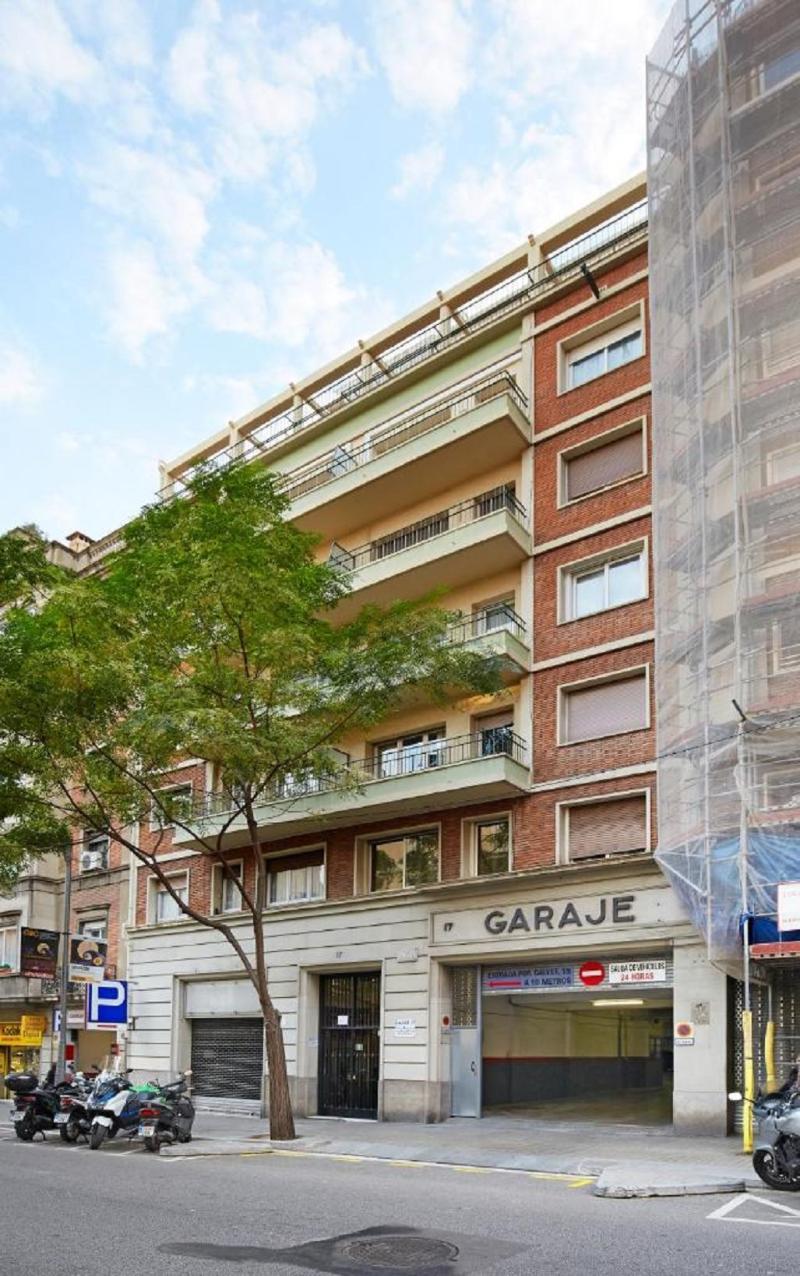 Lobby Ainb Diagonal Francesc Macià Apartments