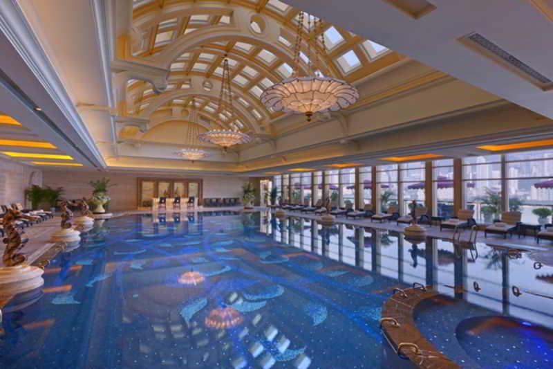 Pool Sheraton Chongqing Hotel
