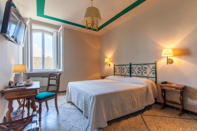 Titano Hotel