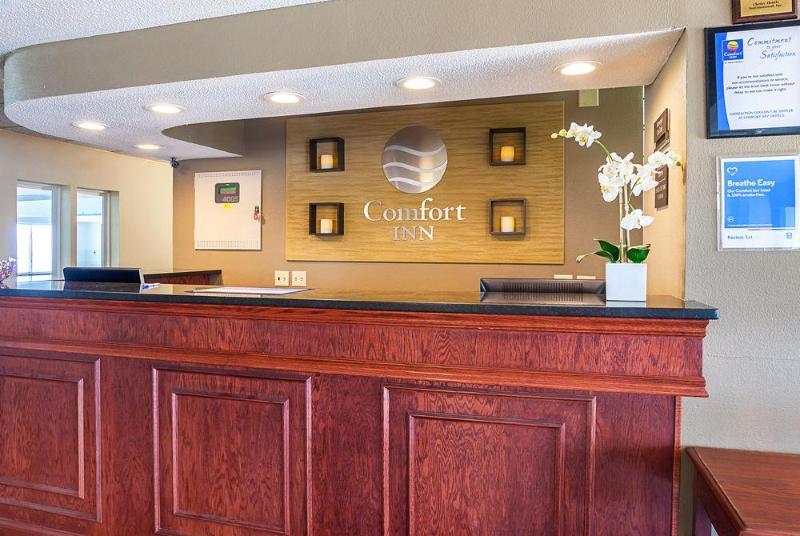 Comfort Inn Lincoln I-80 - Hotel - 2