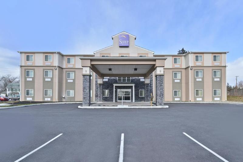 Sleep Inn & Suites Harrisburg - Hershey North - Hotel - 2
