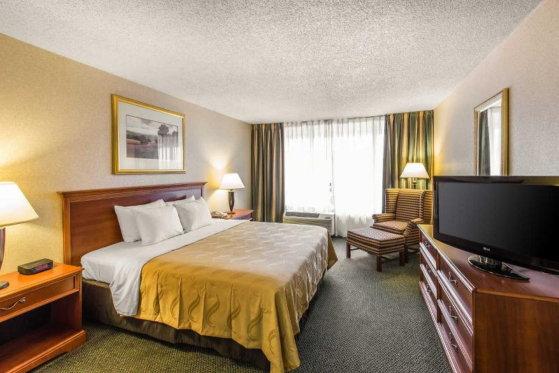 Quality Inn & Suites Conference Center Atlanta - Room - 1