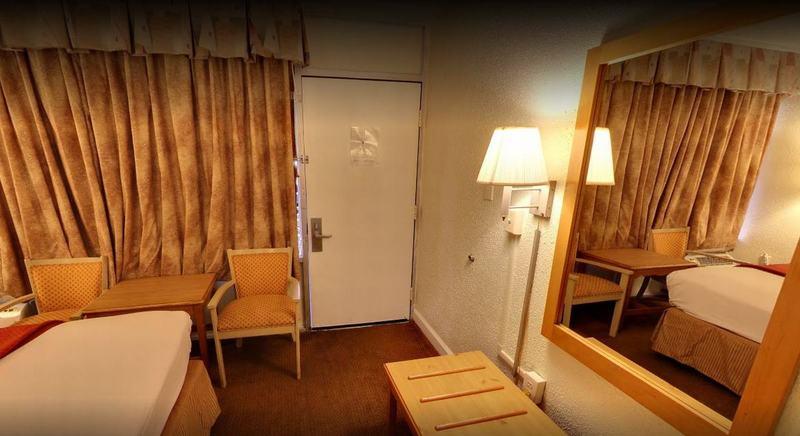 Rodeway Inn - Room - 7