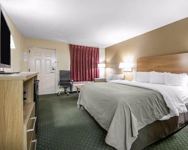 Comfort Inn - Room - 8
