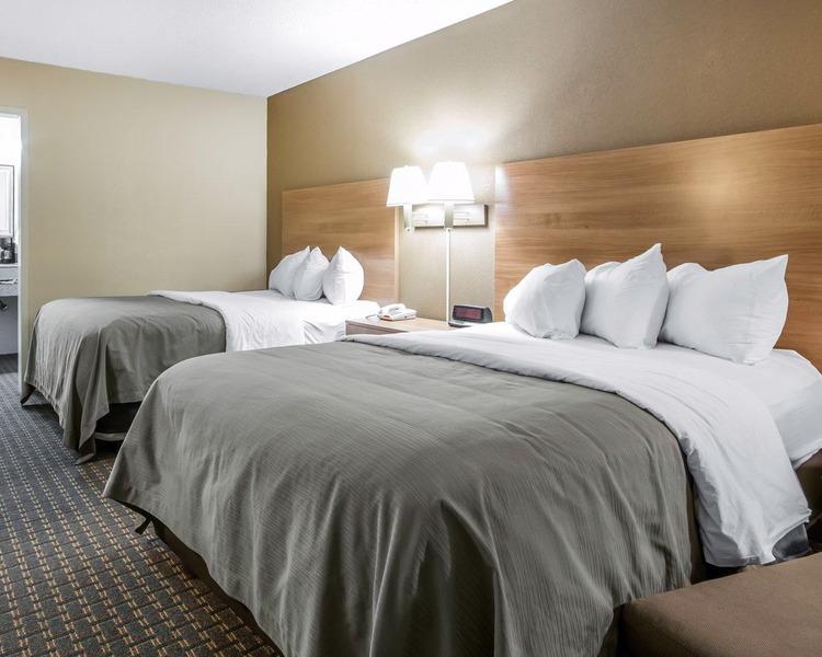 Comfort Inn - Room - 9