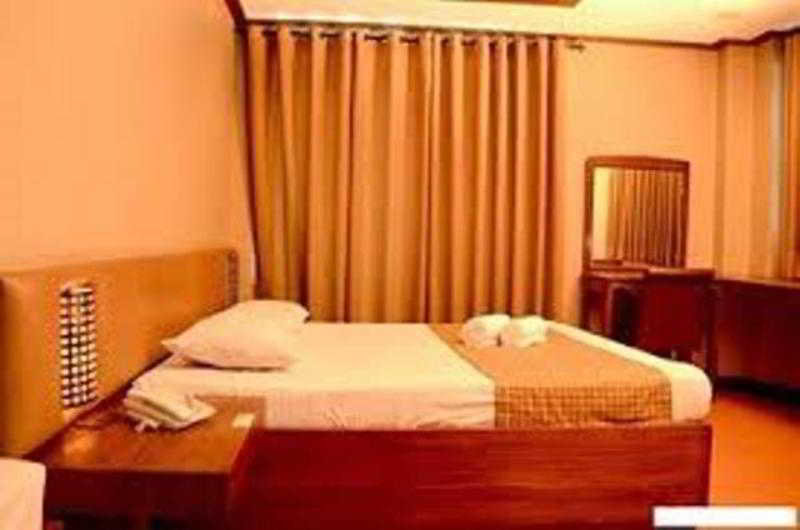 Room The Orange Place Hotel Quezon City