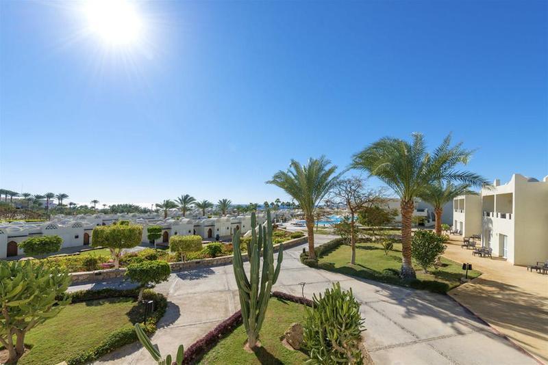 Reef Oasis Blue Bay Resort - Hotel - 2