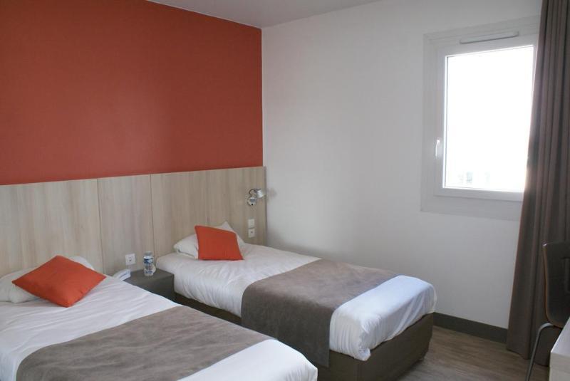 Room Kyriad Douai Dechy