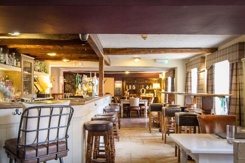 Bar Black Horse Inn