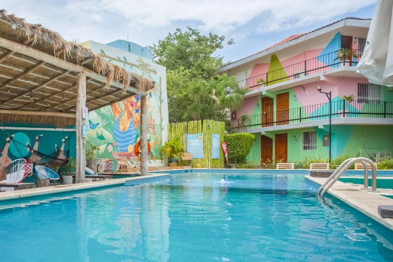 Pool Kin Mayab Cancún