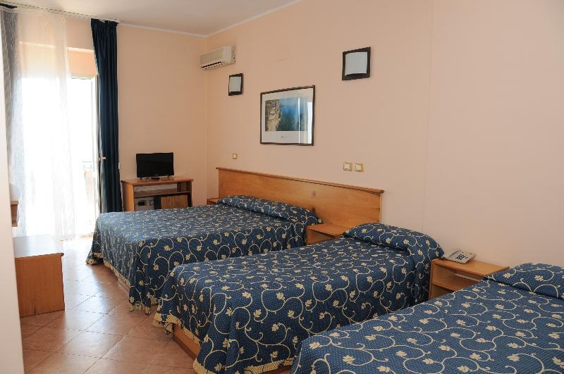 Room Perla Hotel