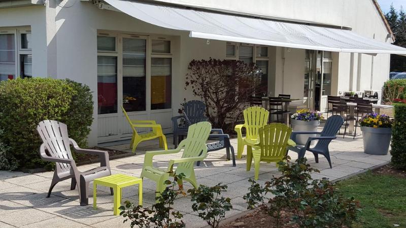 Terrace Campanile Lyon Est - Aéroport Saint Exupéry