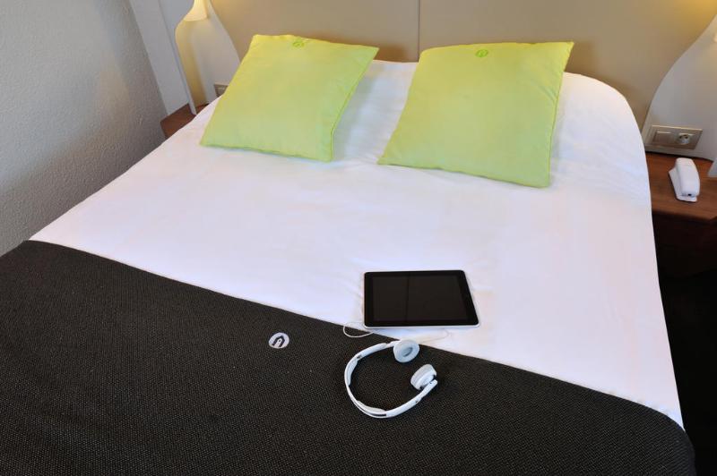 Room Campanile Lyon Est - Aéroport Saint Exupéry