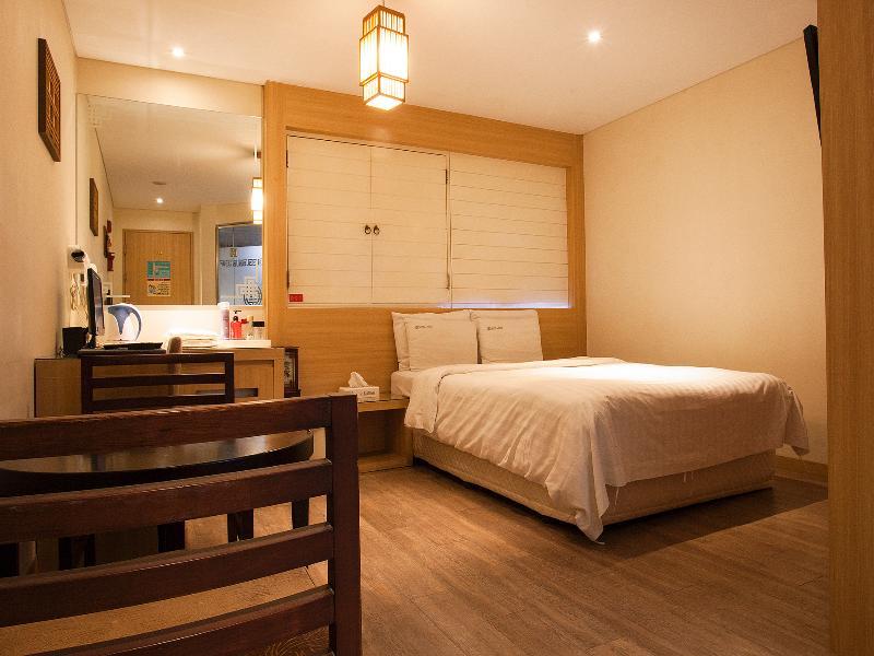 Room La Nuit Hotel Shinchon