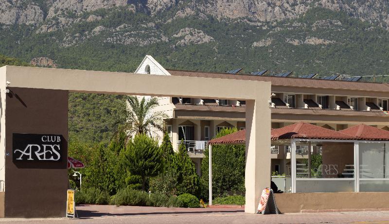 Lobby Ares Dream Hotel