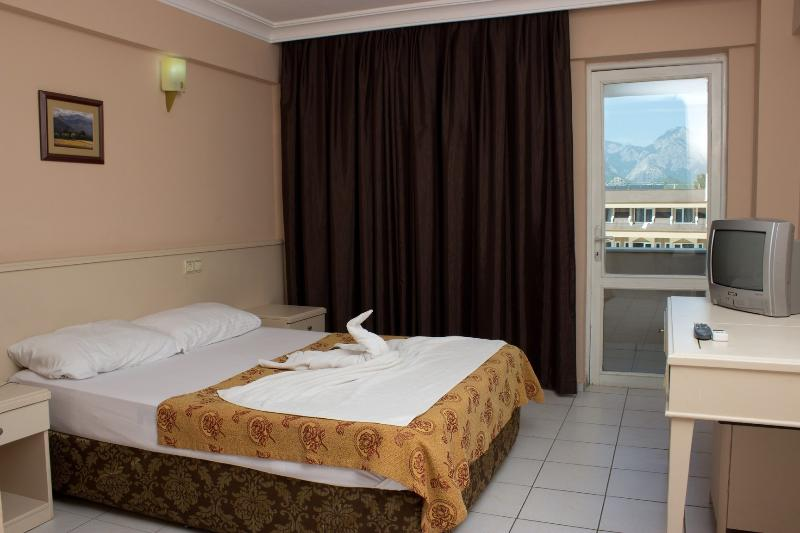 Room Ares Dream Hotel