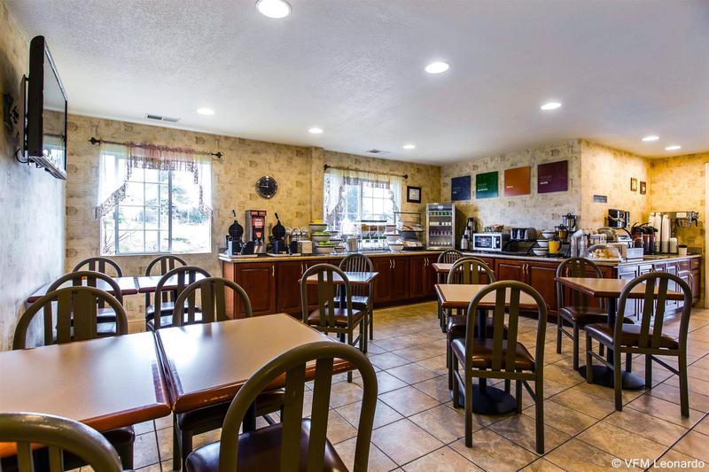 Comfort Inn Humboldt Bay - Hotel - 1