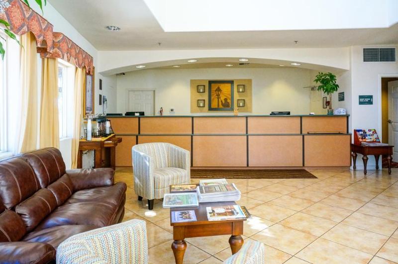 General view Lamplighter Inn San Luis Obispo