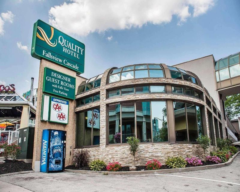 Quality Hotel Fallsview Cascade - Hotel - 1