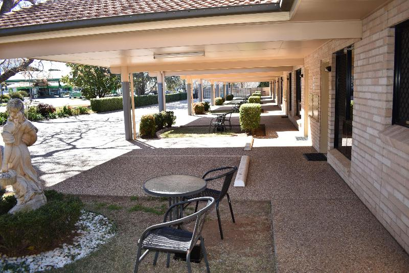 General view Best Western Tuscany On Tor Motor Inn