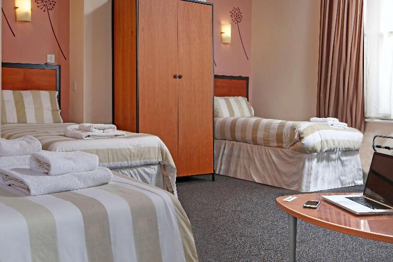 BEST WESTERN Deincourt Hotel